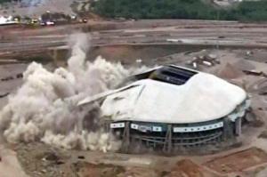 11-24texas stadium implosion